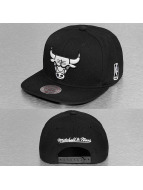 Mitchell & Ness Snapbackkeps Black & White Chicago Bulls svart