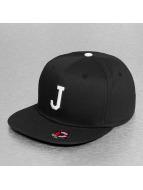 MSTRDS snapback cap J Letter zwart