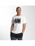 NEFF T-paidat Riot valkoinen