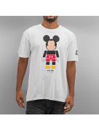 NEFF T-Shirt Tokyo Toy Mickey blanc