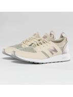 New Balance Sneaker WRL 420 REVlite Slip-On gelb
