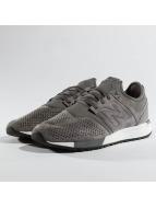 New Balance Sneaker MRL 247 grau