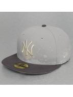New Era Бейсболка FL Pannel Splatter New York Yankees 59Fifty серый