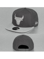 New Era Бейсболка NBA Heather Chicago Bulls 9Fifty серый