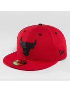 New Era Fitted Cap NBA Rubber Logo Chicago Bulls 59Fifty czerwony
