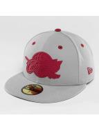 New Era Fitted Cap NBA Rubber Logo Cleveland Cavaliers grau