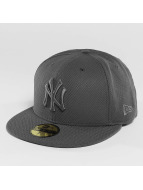 New Era Fitted Cap Diamond Essential NY Yankees grau
