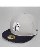 New Era Fitted Cap Diamond Reverse NY Yankees grijs