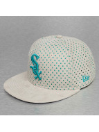 New Era Fitted Cap Suede Perf Chicago White Sox 59Fifty grijs