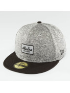 New Era Fitted Cap Tech Jersey grijs