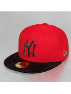 New Era Fitted Cap Diamond Suede NY Yankees rood