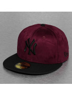 New Era Fitted Cap Seasonal Suede Crown NY Yankees rot
