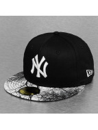New Era Fitted Cap MLB Woodland NY Yankees schwarz