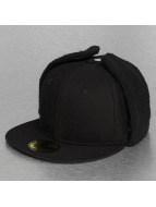 New Era Fitted Cap Quilted Dogear schwarz