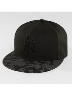New Era Fitted Cap Night Time schwarz