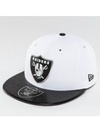 New Era Fitted Cap NFL Offical On Stage Oakland Raiders weiß