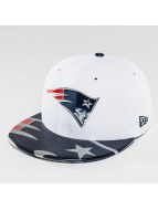 New Era Fitted Cap NFL Offical On Stage New England Patriots weiß