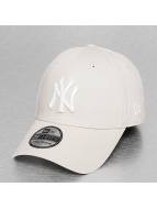 New Era Flexfitted Cap MLB League Essential NY Yankees 39Thirty bezowy