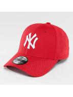 New Era Flexfitted Cap MLB Diamond Essential NY Yankees 39Thirty czerwony