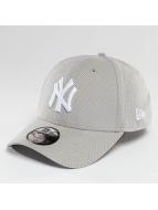New Era Flexfitted Cap Diamond Essential NY Yankees grau