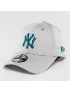 New Era Flexfitted Cap League Essential NY Yankees 39Thirty gray