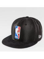 New Era Hip hop -lippikset NBA 17 On Court Logo musta