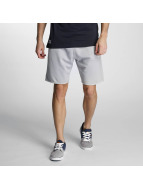 New Era Shorts Sandwash grau