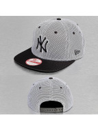 New Era Snapback Cap Nylon Mesh NY Yankees black