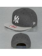 New Era Snapback Cap Classic Melt Redux NY Yankees grau