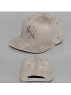 New Era Snapback Cap Suede Tone NY Yankees grau