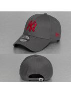 New Era Snapback Cap League Essential NY Yankees 9Forty grau