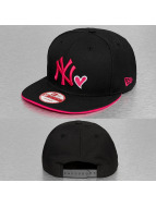 New Era Snapback Cap With Hearts schwarz