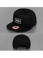 New Era Snapback Cap Patched Tone schwarz