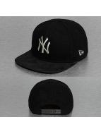 New Era Snapback Cap Melton Metallic New York Yankees schwarz
