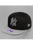 New Era Snapback Cap Seasonal Outline New York Yankees schwarz