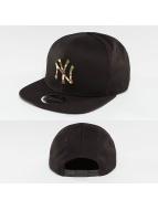 New Era Snapback Cap Camo Metal Logo NY Yankees schwarz
