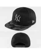New Era Snapback Cap Reflective Digi Camo NY Yankees schwarz