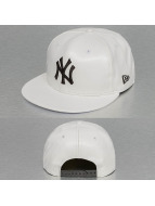 New Era snapback cap INJ faux Leather New York Yankees wit