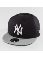 New Era snapback cap Essential NY Yankees 9Fifty zwart