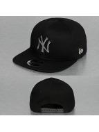 New Era Snapback Caps MLB Metal Badge NY Yankees musta