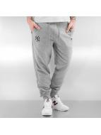 New Era Spodnie do joggingu Team Apparel French Terry NY Yankees szary
