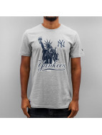 New Era T-Shirt Location NY Yankees grau