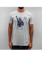 New Era t-shirt Location NY Yankees grijs