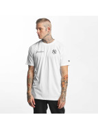 New Era T-skjorter Tech Series NY Yankees hvit