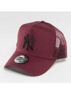 New Era Trucker League Essential NY Yankees èervená