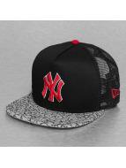 New Era Trucker Cap Elephant Hook NY Yankees black