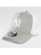 New Era Trucker Capler Essential Jersey NY Yankees gri