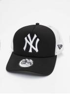 New Era Clean NY Yankees Trucker Cap Black
