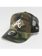New Era Trucker Caps League Essential Atlanta Braves kamuflasje