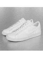 Nike Baskets Tennis Classic CS blanc